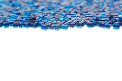 Abstrakt blå bakgrund med en mosaikmodell Royaltyfri Bild