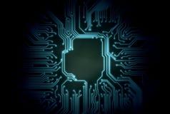 Abstrakt blå glödande bakgrund för strömkretsbräde med kopieringsutrymme på mitten för dina text, logo eller produkter royaltyfri illustrationer