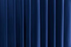Abstrakt blåttbakgrund vertikala linjer och remsor Royaltyfria Bilder