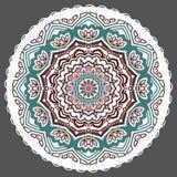 Abstrakt blom- tolv-pekad mandala för vektor på en grå bakgrund royaltyfri illustrationer
