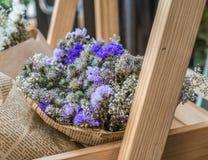 Abstrakt bukett av torkade blommor, suddighetsfokus Royaltyfri Foto