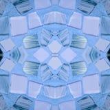 abstrakt design med stycken av exponeringsglas som fästas i ljus - blåttfärger, bakgrund och textur Arkivbild