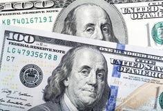 Abstrakt detalj av nyligen designen U S billdollar hundra en Royaltyfri Foto