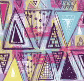 Abstrakt etnisk sömlös modell i stil av primitiv kultur Etnisk vektorbakgrund Kan användas som en vykort Triangelmodell stock illustrationer