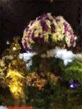 Abstrakt exklusiv purpurfärgad guld- polygontapet Royaltyfri Foto