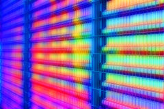 Abstrakt färgrik industriell bakgrund Stålsätta däckväggen bak staketet för kedja-sammanlänkningen metalltråd Royaltyfri Fotografi