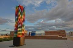 Abstrakt färgrik skulptursjöterrass Taupo i aftonljus Royaltyfria Bilder