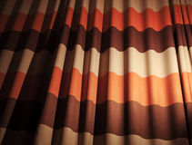 Abstrakt färgrik vinkad tygbakgrund Arkivfoto
