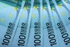 Abstrakt fragment sedeln av 100 euro Arkivbild