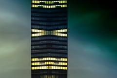 abstrakt glass kontorstorn Arkivfoton