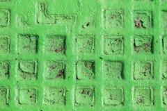 Abstrakt gr?n industriell metallbakgrundstextur med bultar och nitar Gammal m?lad metallbakgrund kan anv?ndas som en bakgrund arkivfoto
