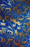 Abstrakt guld och blå blom- sömlös textur Royaltyfri Bild