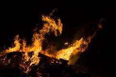 abstrakt illustration för brand för drake för bakgrundsblackdesign royaltyfri bild