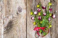 Abstrakt jul och bakgrund för nytt år med gammalt tappningträ Royaltyfria Bilder
