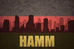 Abstrakt kontur av staden med text Hamm på den tyska flaggan för tappning royaltyfri illustrationer