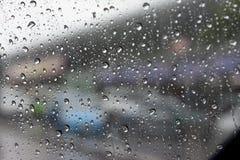 Abstrakt kropli woda z samochodem Fotografia Stock