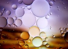 Abstrakt makro för vatten som och för olja stängs upp Royaltyfria Foton