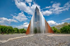 Abstrakt minnesmärke i Budapest, Ungern Royaltyfri Foto