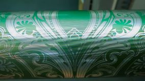 Abstrakt modell på axeln för utskrift av tapeter stock video