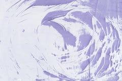 Abstrakt modell som göras av damm, på en purpurfärgad vägg Tom bakgrund, textur Royaltyfri Foto