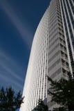 Abstrakt modern arkitektur i den Frankfurt Tyskland Arkivfoton