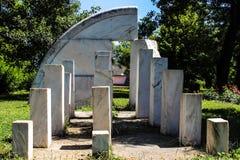 Abstrakt monument för marmor Arkivbild