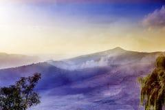 Abstrakt naturberglandskap Lopp och idylliskt sceniskt Royaltyfria Bilder