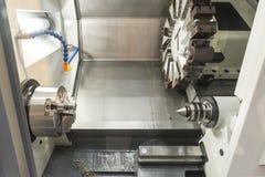 Abstrakt plats av CNC-drejbänkmaskinen Arkivfoto