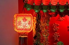 Abstrakt röd lykta symbol av den kinesiska festivalen Royaltyfri Foto