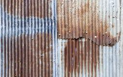 Abstrakt rostig gammal metallväggbakgrund Arkivbilder