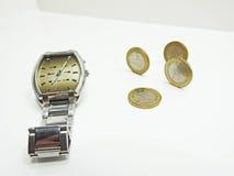 Abstrakt sammansättning av tid och pengar Royaltyfri Bild