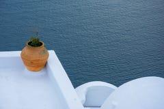 Abstrakt sikt av den cycladic stilen av traditionella hus på Santorini Arkivbild