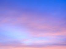 Abstrakt skymninghimmelbakgrund Royaltyfria Bilder