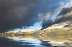 Abstrakt solnedgång Arkivfoton