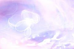 Abstrakt suddighet av purpurfärgat ljus Arkivbild