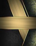 Abstrakt svart bakgrund med guldlinjer och tecken för text Beståndsdel för design Mall för design kopieringsutrymme för annonsbro Royaltyfri Foto