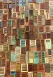abstrakt texturfönsterträ Arkivfoton