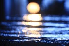 Abstrakt textursimulering av vatten på Arkivbild