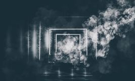Abstrakt tom gammal tunnel, korridor, båge, mörkt rum, neonbelysning, tjock rök, smog royaltyfri bild