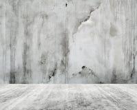 Abstrakt tom vit inre, betongvägg Arkivfoto