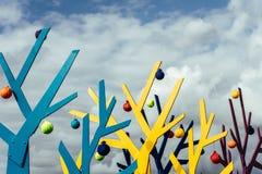 Abstrakt trädform på en bakgrund av fritt utrymme för moln Fotografering för Bildbyråer