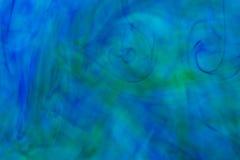 Abstrakt undervattens- färgbakgrund Undervattens- crea för färgdroppe Arkivfoto