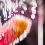 Abstrakt undervattens- sammansättning med oskarpa orkidékronblad Royaltyfri Fotografi