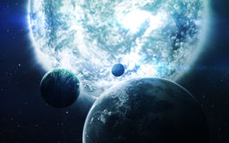 Abstrakt vetenskaplig bakgrund - planeter i utrymme, nebulosa och stjärnor Beståndsdelar av denna avbildar möblerat av NASAnasa g Royaltyfria Bilder