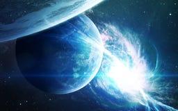 Abstrakt vetenskaplig bakgrund - planeter i utrymme, nebulosa och stjärnor Beståndsdelar av denna avbildar möblerat av NASAnasa g Arkivfoton
