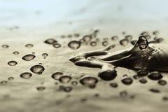 Abstrakt yttersida med vattendroppar Arkivfoton