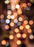 Abstrakt zamazywał kolorowego Bokeh, Abstrakcjonistyczny tło kolorowy Bokeh przy noc ruchem drogowym w Bangkok, Tajlandia Zdjęcia Stock