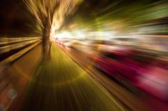 Abstrakt zoomsuddighet av nattplatsvägen Arkivbilder