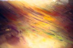 Abstrakta färgrika färgstänk som målar den idérika modellen för konst med gräsplan för ljusa färger för lutning gul orange rosa r Royaltyfri Bild
