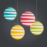 Abstrakta hängande julstruntsaker Royaltyfri Foto